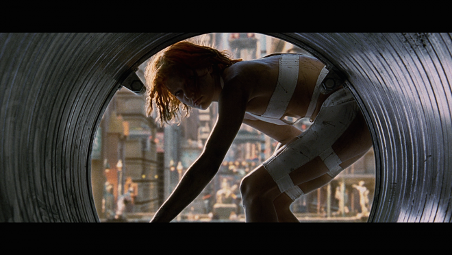 http://cdn.highdefdigest.com/uploads/2015/11/02/660/The_Fifth_Element_Milla_Jovovich.png