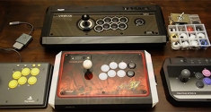 Street Fighter V Fight stick arcade mad catz hori PS4 news