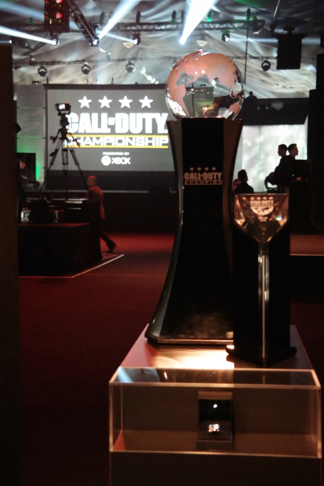 Call of Duty Championship 2015 trophy