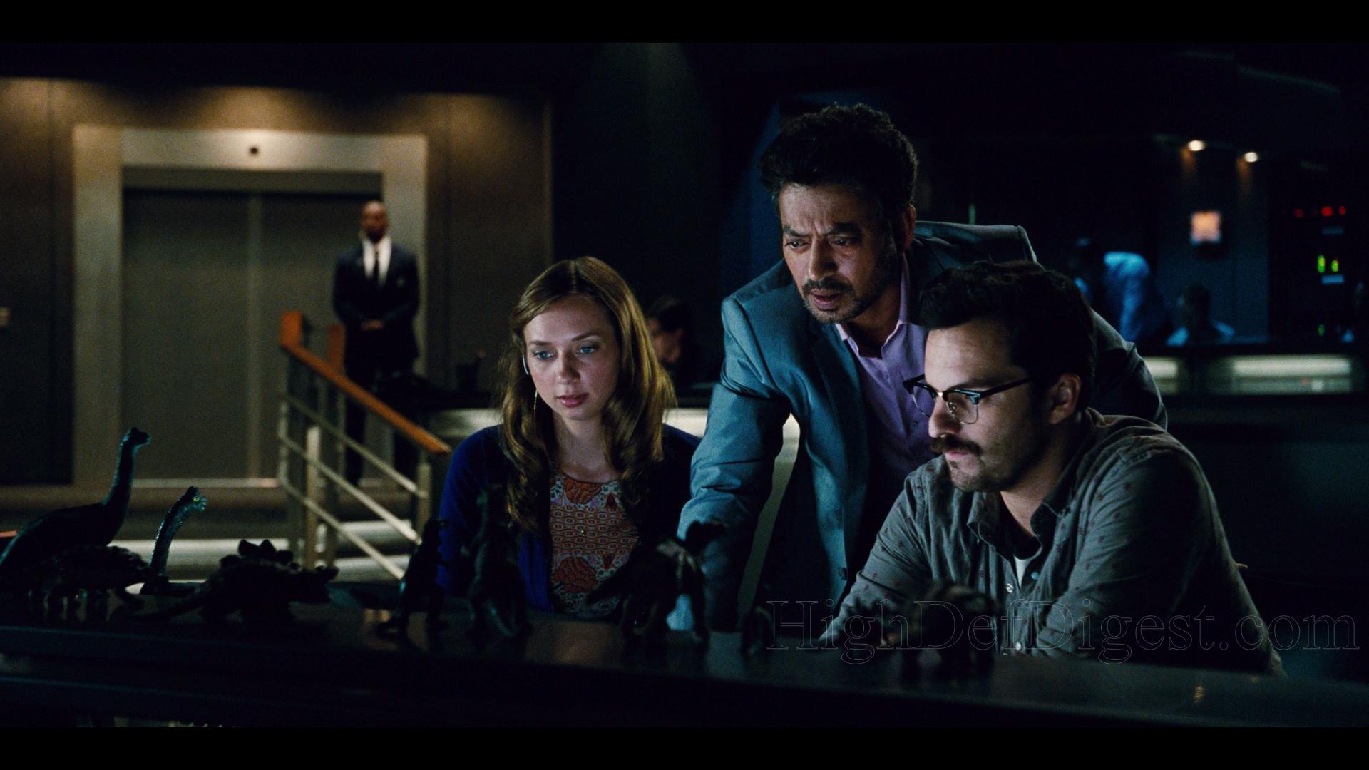 Blue Room Movie Plot