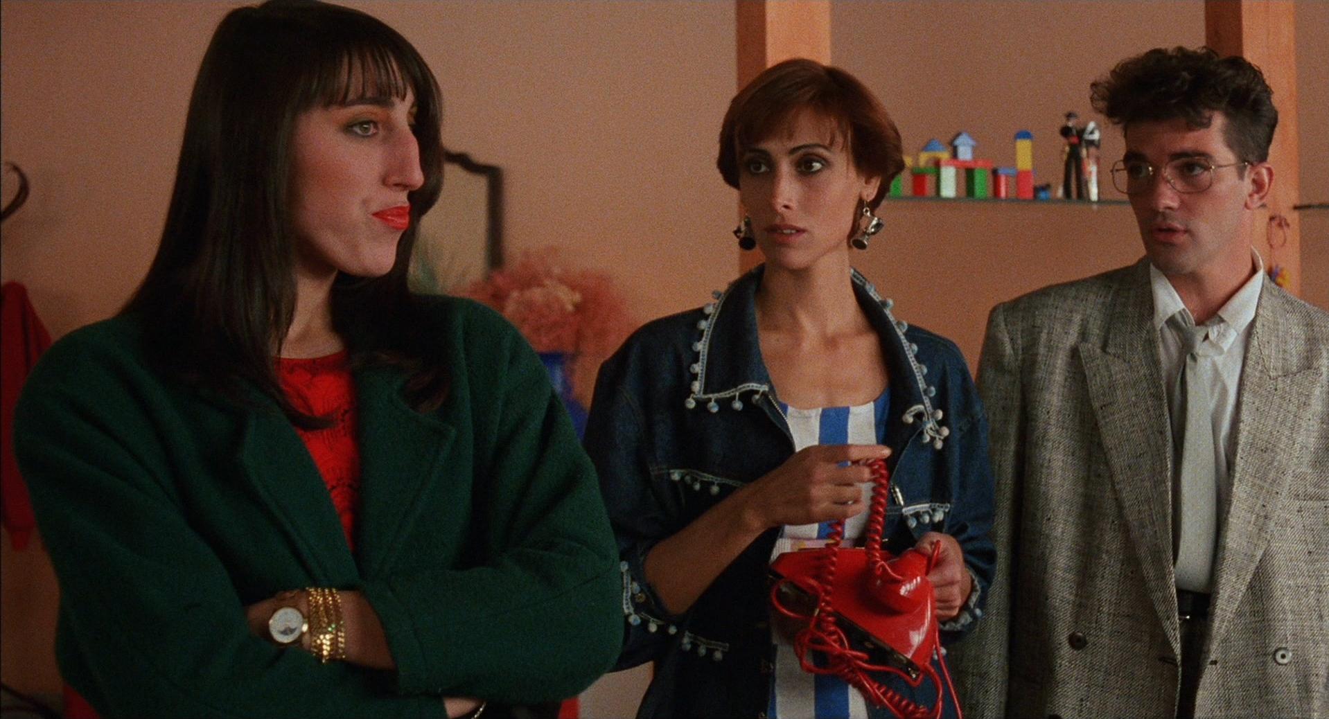 Women on the Verge of a Nervous Breakdown - Rossy de Palma, Maria Barranco & Antonio Banderas