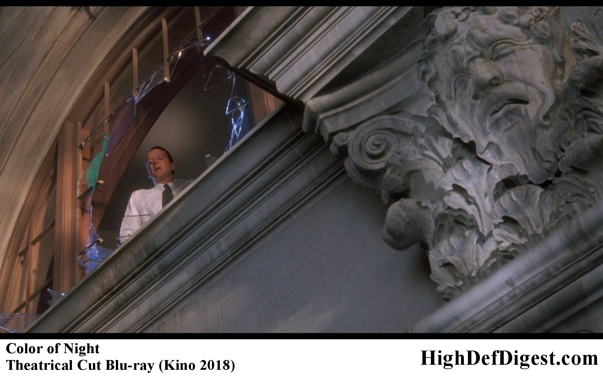 Color of Night Bruce Willis in the Window Comparison - Theatrical Cut